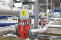 Performance enhancing actuator-driven pinch valves